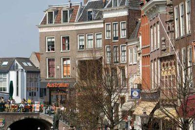 Vakantiehuis De Vrouw Dina Leiden