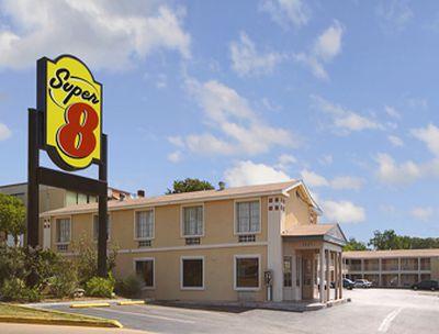 Hotel Super 8 Austin Downtown/Capitol Area