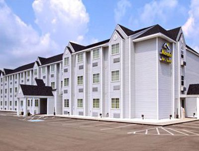 Hotel Microtel Inn & Suites Gassaway, WV
