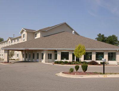 Hotel Baymont Inn & Suites Lansing North DeWitt, MI