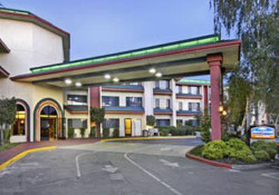 Hotel Howard Johnson O Cairns Inn & Suites Rocklin, CA