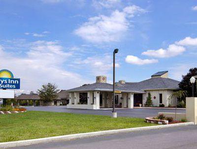 Hotel Days Inn & Suites Frostburg