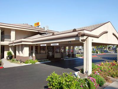 Hotel Super 8 Salinas, CA