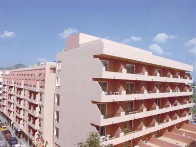 Aparthotel El Puerto