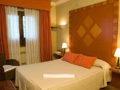Hotel Del Cardenal