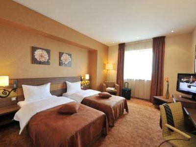 Hotel Rin Grand