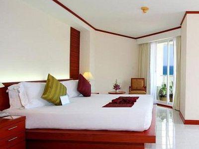 Hotel Andaman Beach Suites