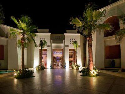 Hotel Grand Rotana Spa & Resort