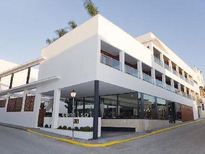 Aparthotel Conilsol
