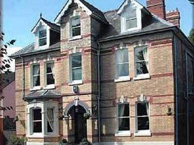 Hostel Somerville House