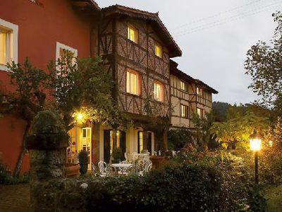 Hotel Zubieta