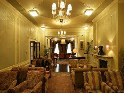 Hotel Buswells
