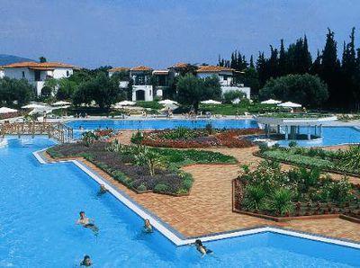 Hotel Eretria Village