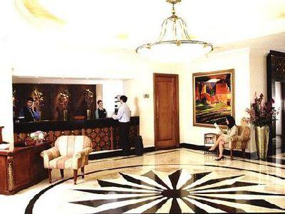 Hotel Oxford Suites Makati