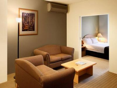 Hotel Aarons All Suites