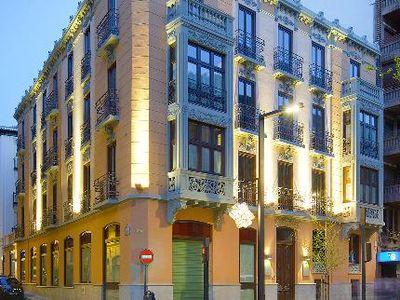 Hotel Suites Gran Via 44 Granada