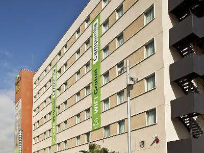 Hotel Campanile Barcelona Süd