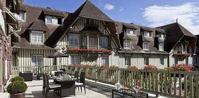 Hotel Normandy Barrière