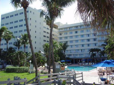 Hotel Four Points Miami Beach