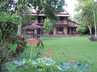 Hotel Royal Park (in Sauraha)