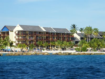 Hotel LionsDive Beach Resort
