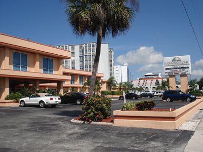 Hotel Dolphin Beach Resort