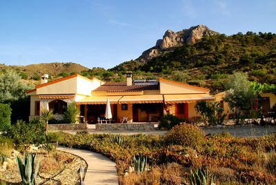 Villa Ameradores