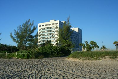 Hotel Howard Johnson Plaza Dezerland Beach & Spa
