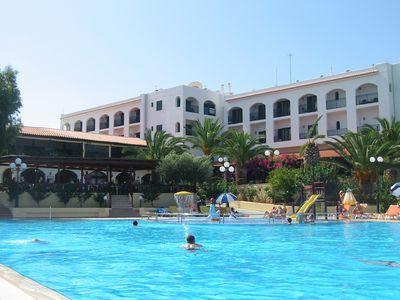 Hotel Chrissi Amoudia