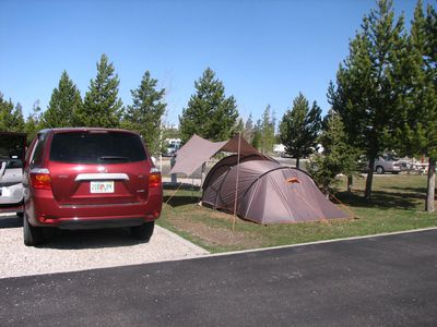 Camping Yellowstone Grizzly RV Park