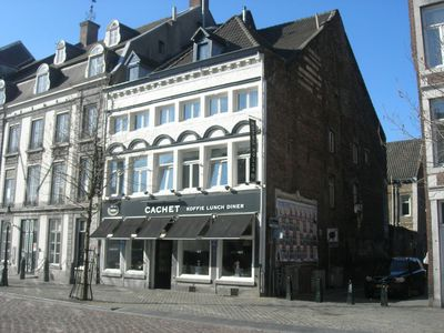 Hotel Holla