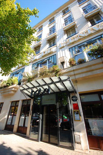 Hotel Grand de L Univers