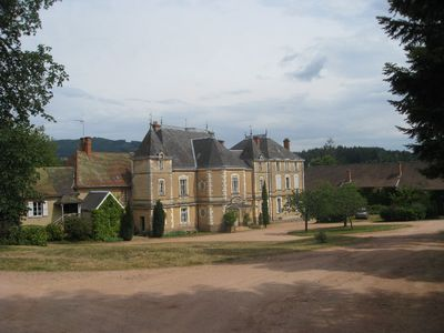 Camping Chateau Montrouant