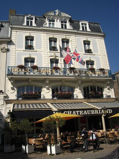Hotel France & Chateaubriand