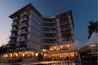 Hotel Grand Okan