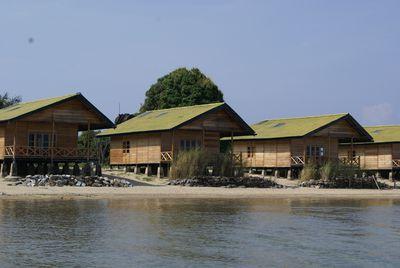 Bungalow Tando Bone Resort
