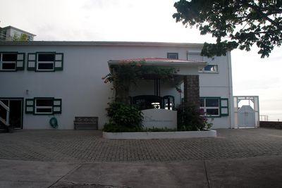 Hotel Shearwater Resort
