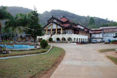 Hotel Conqueror Resort