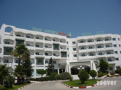 Hotel Jinene Beach & Royal Jinene
