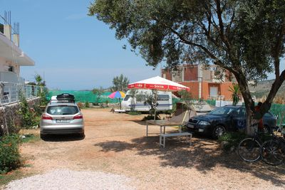 Camping Ksamil Caravan