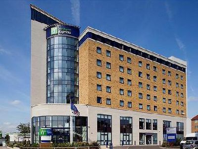 Hotel Express By Holiday Inn Newbury Park
