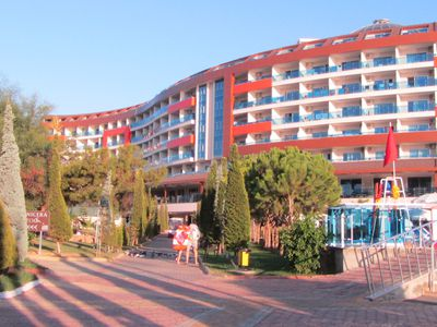 Hotel Lonicera World Hotel