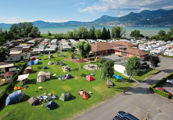 Camping Les Grangettes in Noville, Zwitserland | Zoover