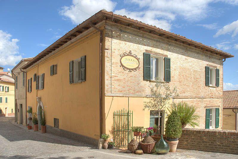 Bed and Breakfast Villa Cartoceto