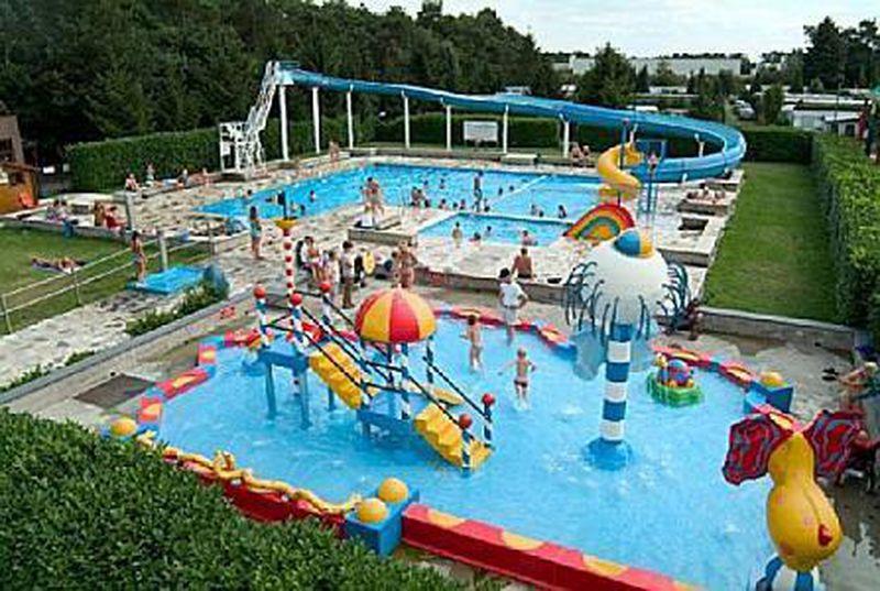 Beekse Bergen Zwembad.Camping Molenzijdse Heide In Merksplas Belgie Reviewcijfer 6 7