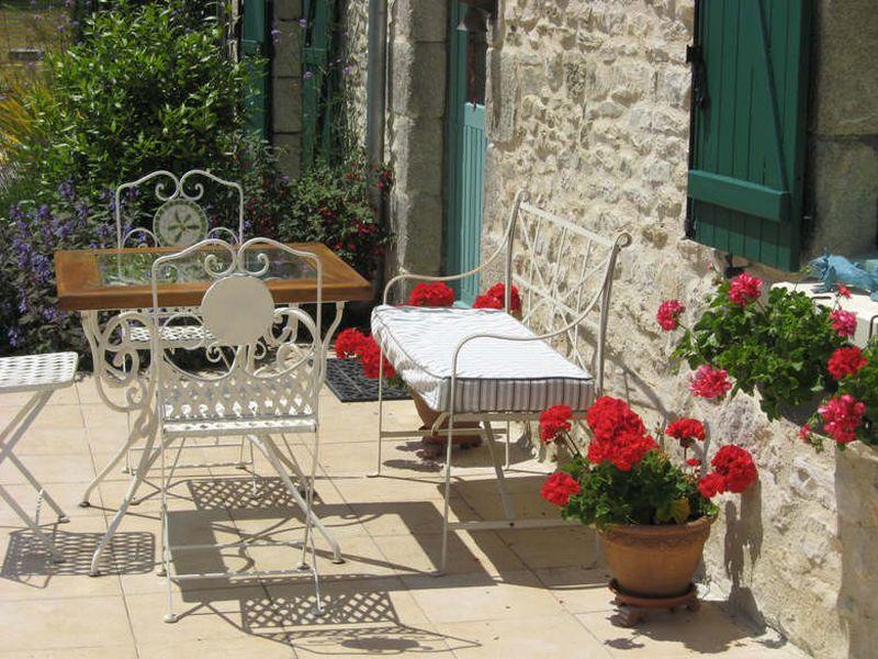 Bed and Breakfast Alencon (La Basse Cour)