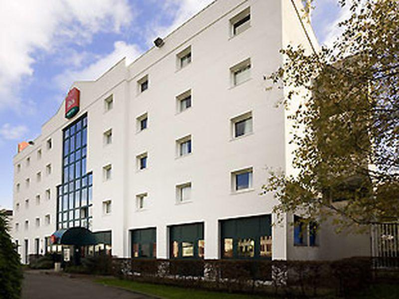 Hotel Ibis Paris Le Bourget