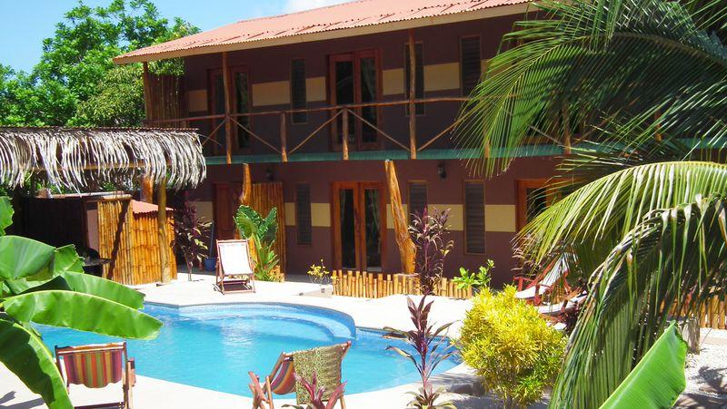 Lodge Samara Palm