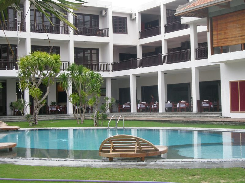 Hotel River Beach