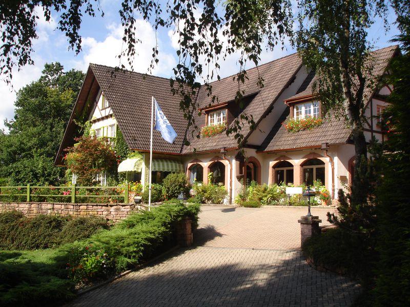 Hotel Hostellerie La Cheneaudiere